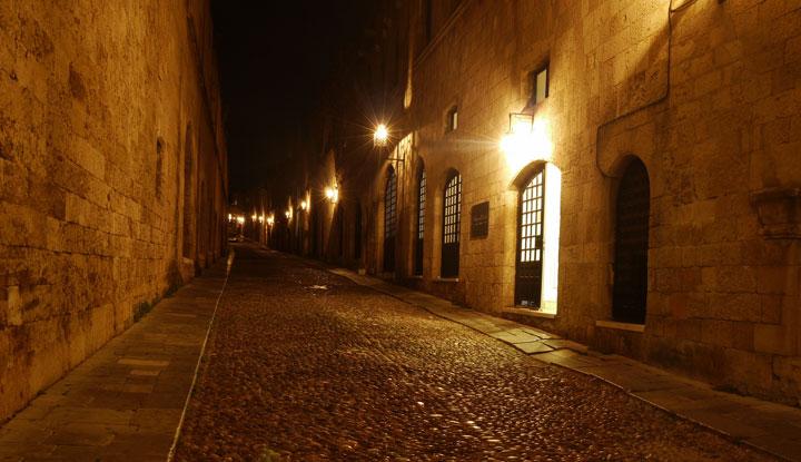 Улица старого Родоса.