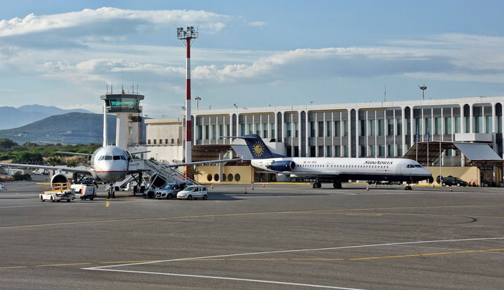 Единственный аэропорт в Ираклионе.