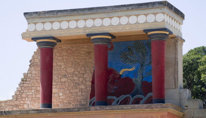 Дворец Кносса — главная достопримечательность Крита.