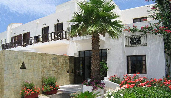 Гостиница недалеко от лучшего пляжа.