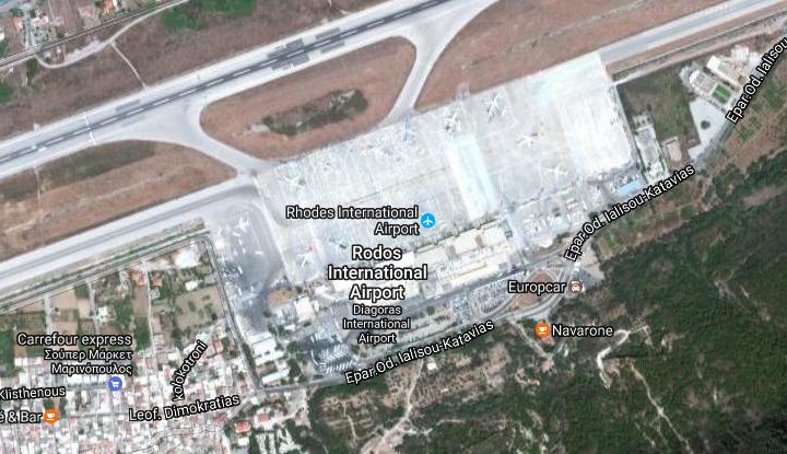 Космический снимок аэропорта.