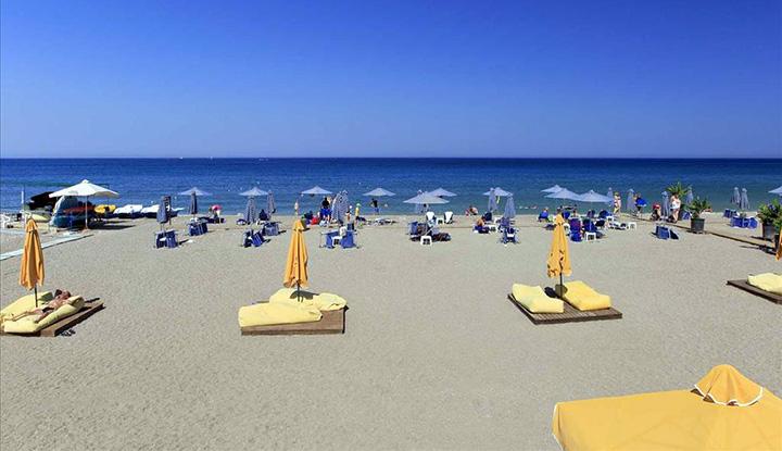 Пляж Mikri Poli.