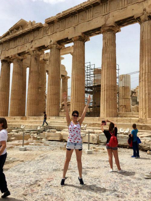 Руины в Акрополе.