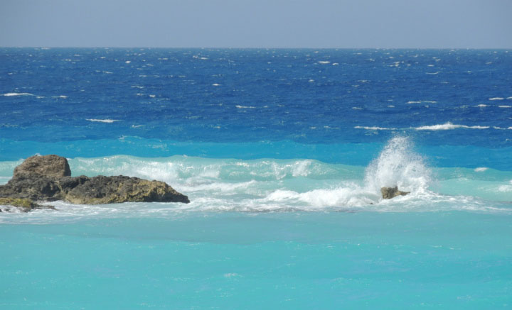 Лазурное море.