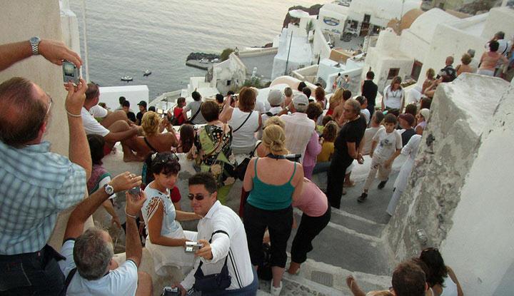 Туристы в Греции.
