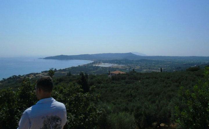Вид на море с горы.