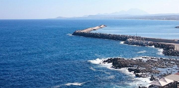 Вид на море с крепости.