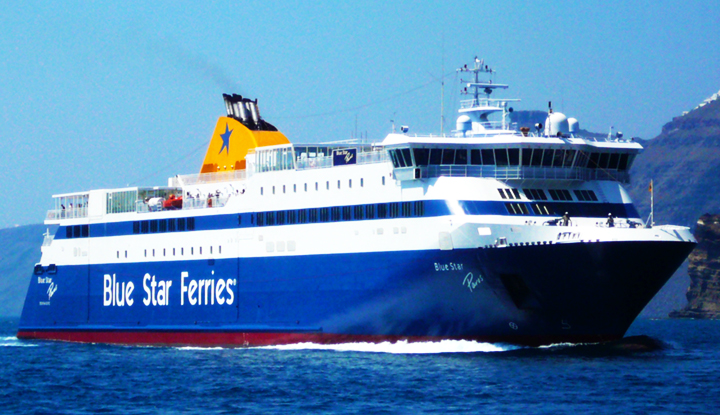 Паром Blue Star Ferries.