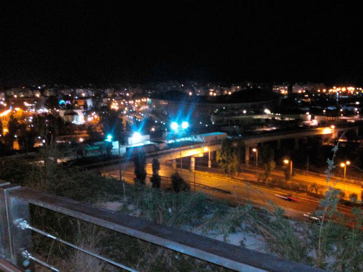 Вид на ночные Афины.