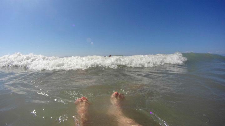 Волны на море.