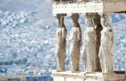 Зима в Афинах.